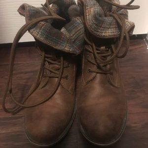 Boots 8w
